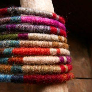 Bracelets joncs de laine - Araignée Gypsie